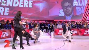 Lorena Bianchetti dans Italia Sul Due - 13/04/12 - 09