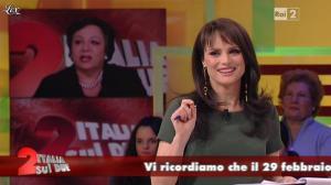 Lorena Bianchetti dans Italia Sul Due - 17/02/12 - 06