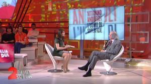 Lorena Bianchetti dans Italia Sul Due - 17/02/12 - 17