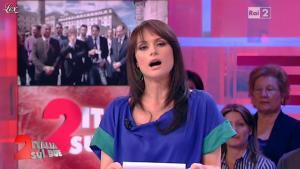 Lorena Bianchetti dans Italia Sul Due - 17/04/12 - 03