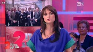 Lorena Bianchetti dans Italia Sul Due - 17/04/12 - 04