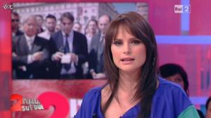 Lorena Bianchetti dans Italia Sul Due - 17/04/12 - 07