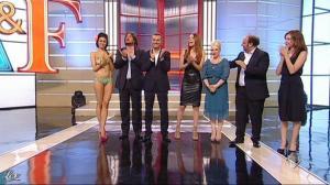 Miriam Leone dans Ale E Franz Show - 13/11/11 - 08