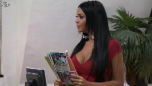 Nabilla Benattia dans Hollywood Girls - 04/11/12 - 08