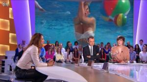 Sabrina Salerno dans le Grand Journal de Canal Plus - 02/10/12 - 03