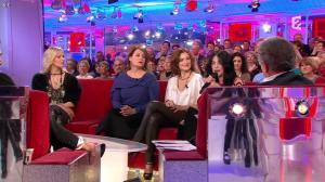 Camille Japy et Florence Thomassin dans Vivement Dimanche - 27/01/13 - 03