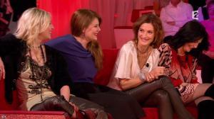 Camille Japy et Florence Thomassin dans Vivement Dimanche - 27/01/13 - 04