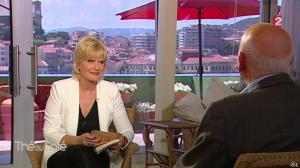 Catherine Ceylac dans The Ou Cafe - 19/05/13 - 03
