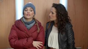 Isabelle Vitari et Joy Esther dans Nos Chers Voisins - 11/12/13 - 02