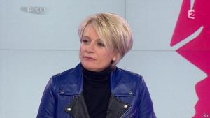 Sophie Davant dans C est au Programme - 25/02/13 - 01