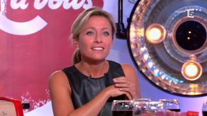 Anne-Sophie Lapix dans C à Vous - 16/09/14 - 42