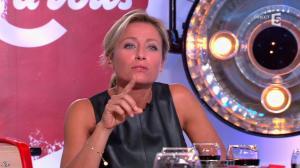 Anne-Sophie Lapix dans C à Vous - 16/09/14 - 43