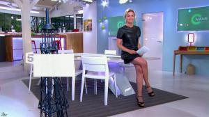 Anne-Sophie Lapix dans C à Vous - 21/05/14 - 001