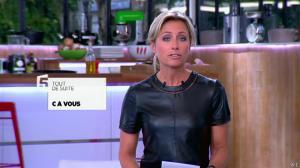 Anne-Sophie Lapix dans C à Vous - 21/05/14 - 017
