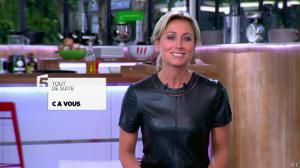 Anne-Sophie Lapix dans C à Vous - 21/05/14 - 022