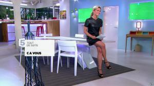 Anne-Sophie Lapix dans C à Vous - 21/05/14 - 024