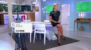 Anne-Sophie Lapix dans C à Vous - 21/05/14 - 027