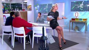 Anne-Sophie Lapix dans C à Vous - 21/05/14 - 054