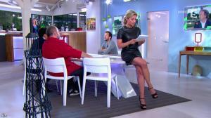 Anne-Sophie Lapix dans C à Vous - 21/05/14 - 082