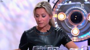 Anne-Sophie Lapix dans C à Vous - 21/05/14 - 315