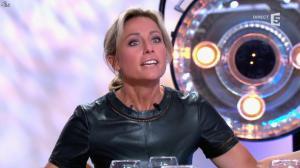 Anne-Sophie Lapix dans C à Vous - 21/05/14 - 317