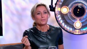Anne-Sophie Lapix dans C à Vous - 21/05/14 - 344