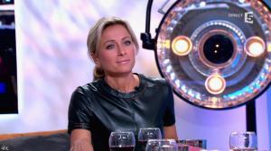 Anne-Sophie Lapix dans C à Vous - 21/05/14 - 345