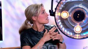 Anne-Sophie Lapix dans C à Vous - 21/05/14 - 359