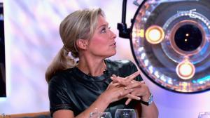 Anne-Sophie Lapix dans C à Vous - 21/05/14 - 360