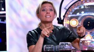 Anne-Sophie Lapix dans C à Vous - 21/05/14 - 371