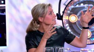 Anne-Sophie Lapix dans C à Vous - 21/05/14 - 373