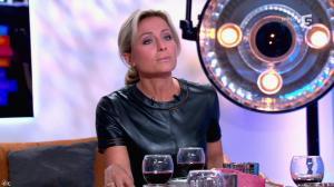 Anne-Sophie Lapix dans C à Vous - 21/05/14 - 381