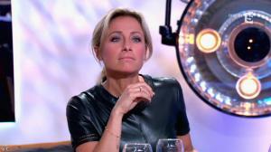 Anne-Sophie Lapix dans C à Vous - 21/05/14 - 391