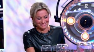 Anne-Sophie Lapix dans C à Vous - 21/05/14 - 392