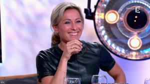 Anne-Sophie Lapix dans C à Vous - 21/05/14 - 433