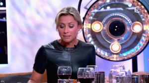 Anne-Sophie Lapix dans C à Vous - 21/05/14 - 465