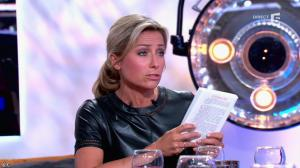 Anne-Sophie Lapix dans C à Vous - 21/05/14 - 489