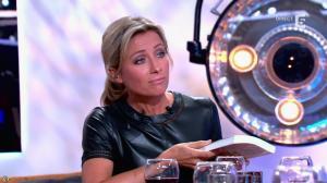 Anne-Sophie Lapix dans C à Vous - 21/05/14 - 491