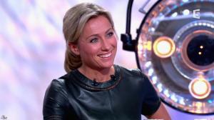 Anne-Sophie Lapix dans C à Vous - 21/05/14 - 509