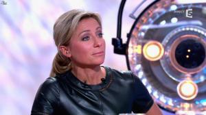 Anne-Sophie Lapix dans C à Vous - 21/05/14 - 513