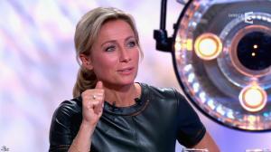 Anne-Sophie Lapix dans C à Vous - 21/05/14 - 517