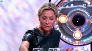 Anne-Sophie Lapix dans C à Vous - 21/05/14 - 527