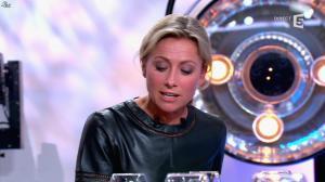 Anne-Sophie Lapix dans C à Vous - 21/05/14 - 528