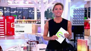 Anne-Sophie Lapix dans C à Vous - 31/10/14 - 01