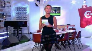 Anne-Sophie Lapix dans C à Vous - 31/10/14 - 04