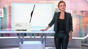 Caroline Roux dans C Politique - 19/10/14 - 005