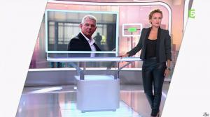 Caroline Roux dans C Politique - 19/10/14 - 010