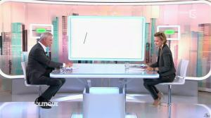 Caroline Roux dans C Politique - 19/10/14 - 035