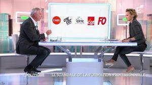 Caroline Roux dans C Politique - 19/10/14 - 044