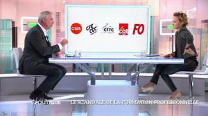 Caroline Roux dans C Politique - 19/10/14 - 045